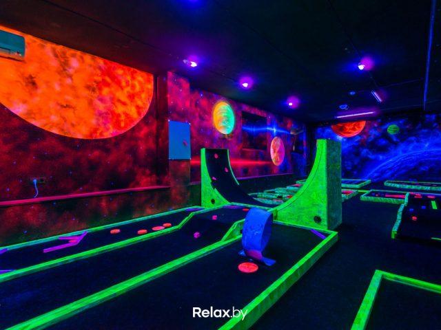 Неоново-развлекательный центр «Golf Park (Гольф Парк)»